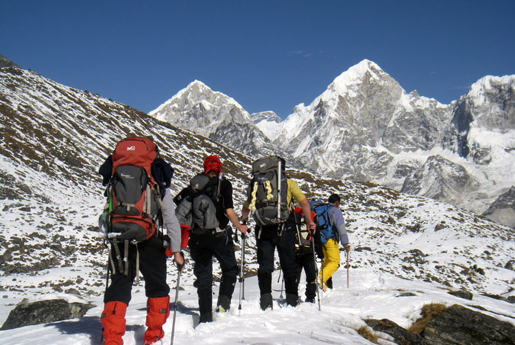 Tashi Lapcha Pass Trek fixed departure spring/autumn 2016/2018 cost & itinerary