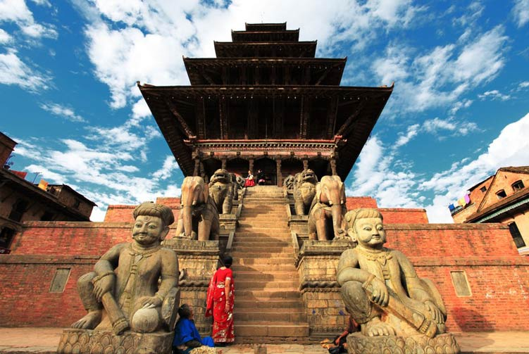 Explore Kathmandu Valley Tours fixed departure spring/autumn 2017/2018 cost & itinerary